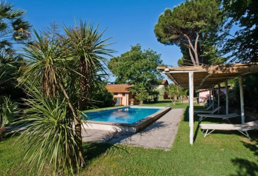A full week: Yoga -retreat Italy                             Relax, Stretch and Nature